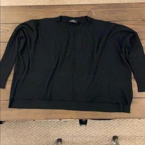Semi high low Vici sweater